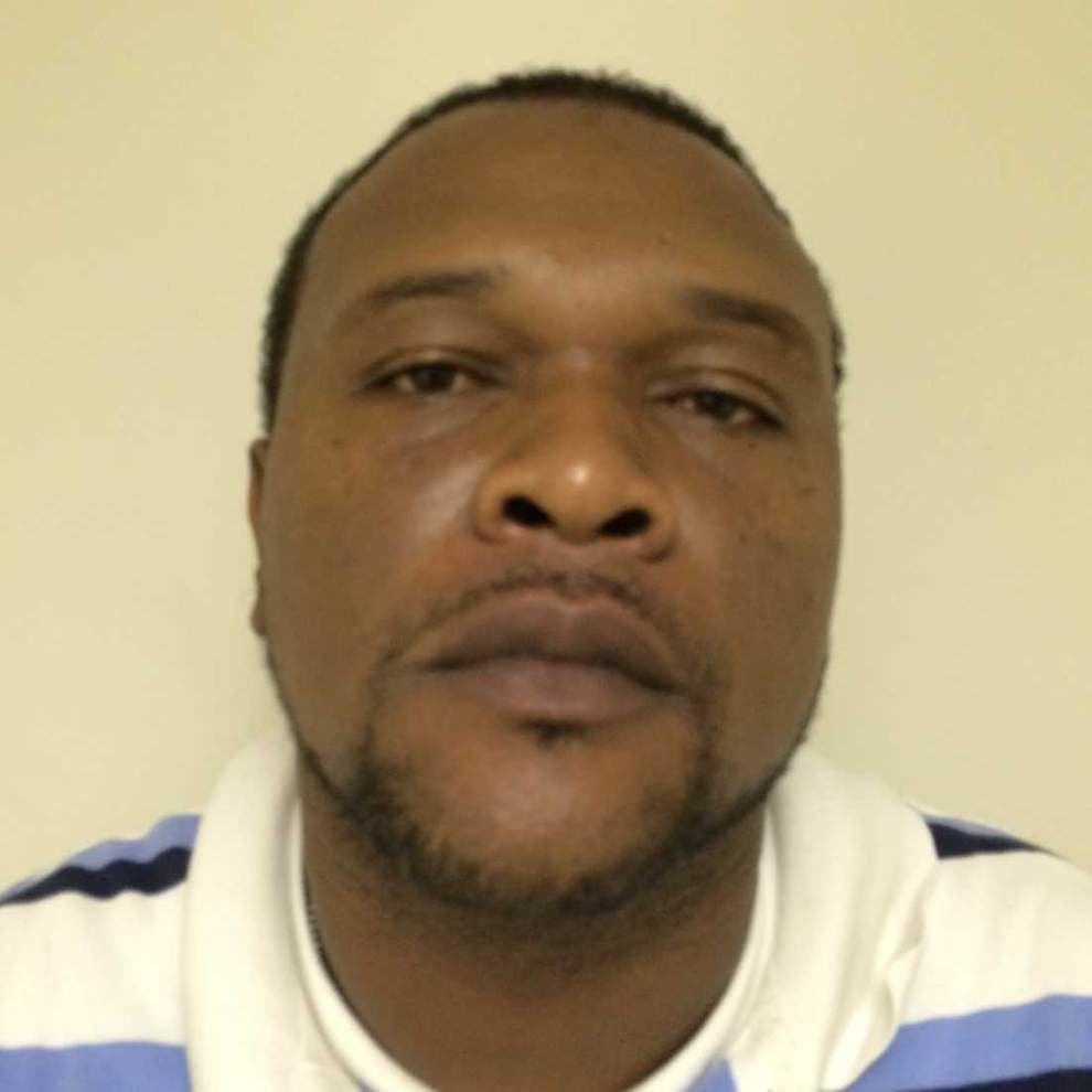 Drugs, cash seized in St. Martinville narcotics raid _lowres