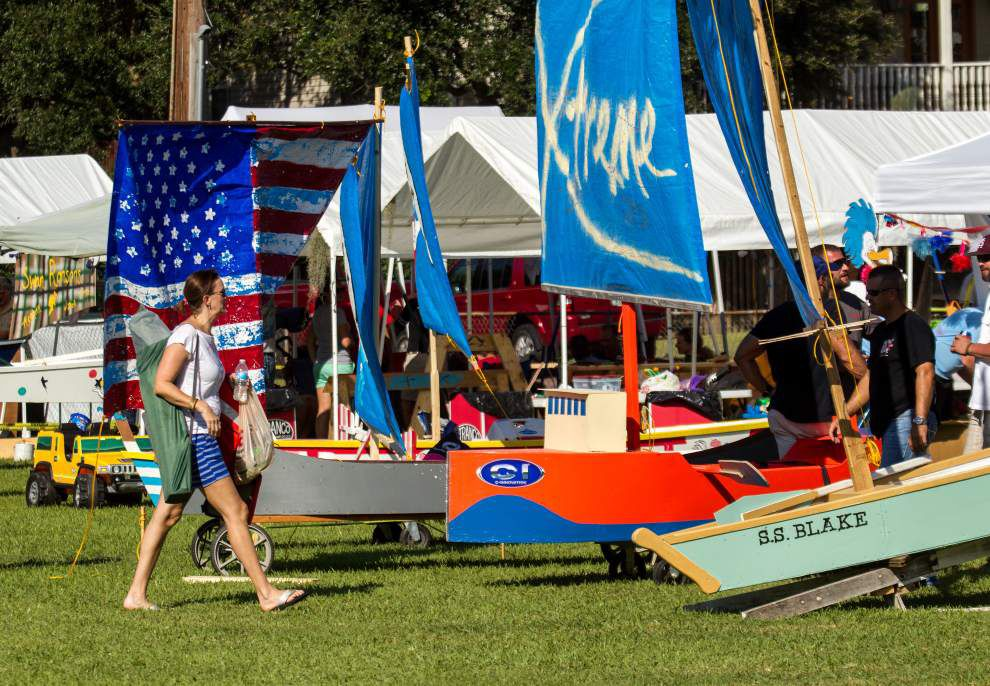 Amateur boat-building contest highlights Wooden Boat Festival _lowres