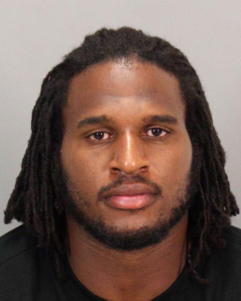 49ers' Ray McDonald jailed for alleged domestic violence _lowres