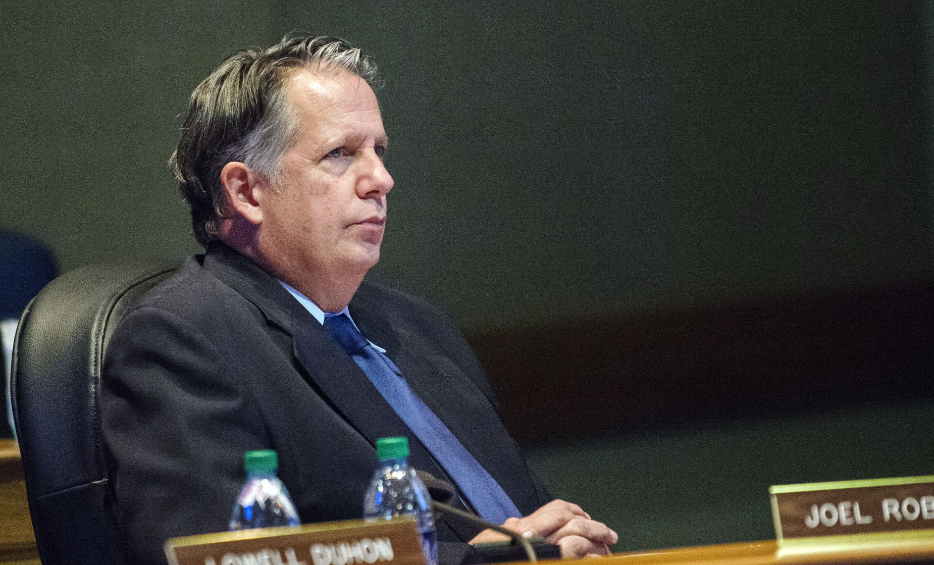 Robideaux strips funds from La. Avenue for drainage