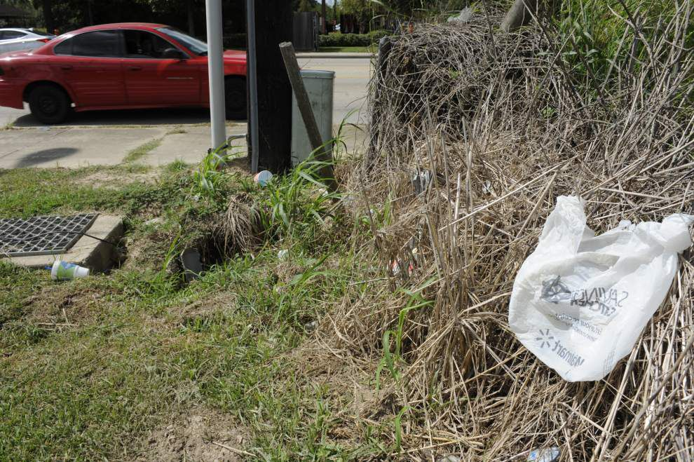 Plans underway in Lafayette to step up enforcement of anti-littering laws _lowres