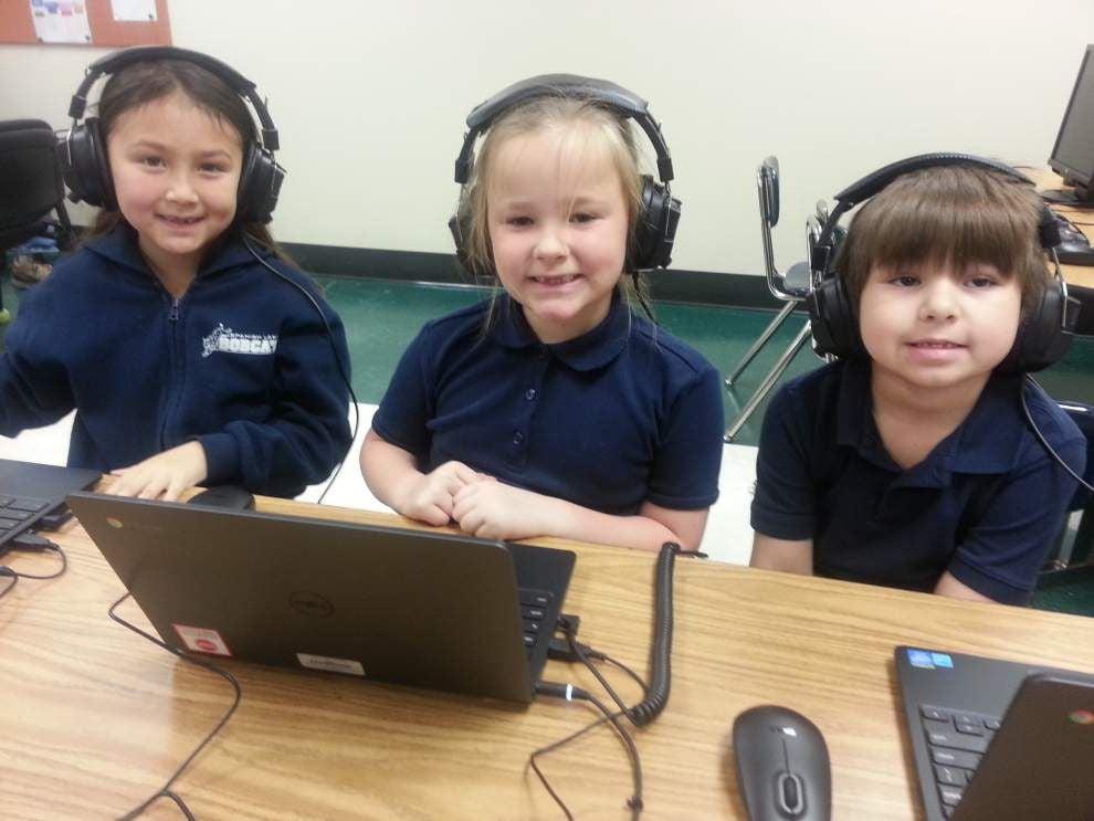 Spanish Lake Primary opens digital studio _lowres