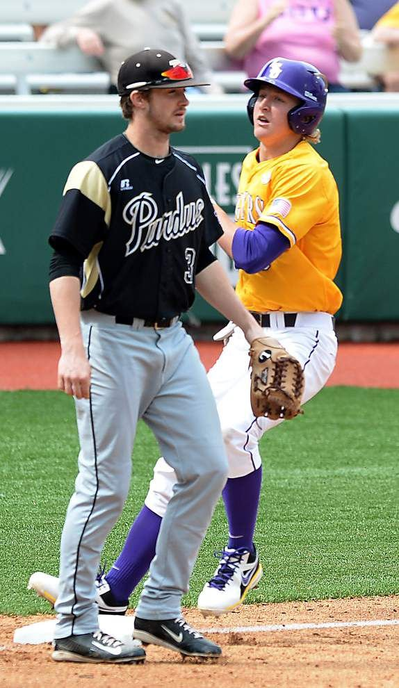 LSU sweeps Purdue with Sunday win _lowres
