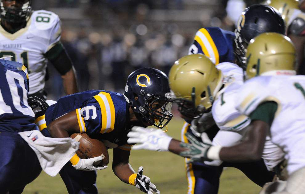 Carencro surges past Acadiana with two late scores _lowres
