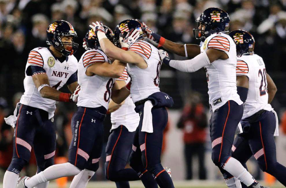 Army-Navy: Midshipmen make it 13 in a row _lowres