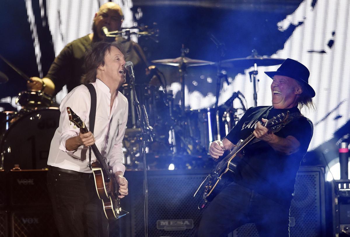 Paul McCartney, Neil Young