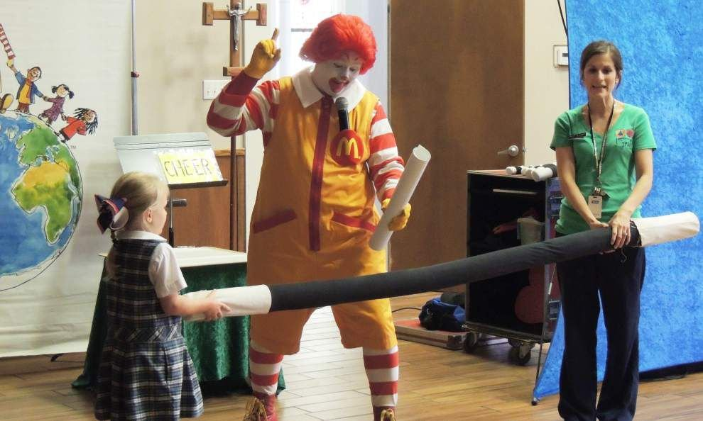 Ronald McDonald visits Holy Ghost first-graders _lowres