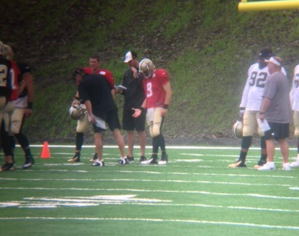 Saints' QB Drew Brees, Champ Bailey practice in pads Tuesday _lowres