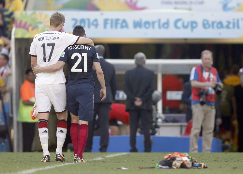 Germany clamps down on France to reach World Cup semis for record fourth straight time _lowres