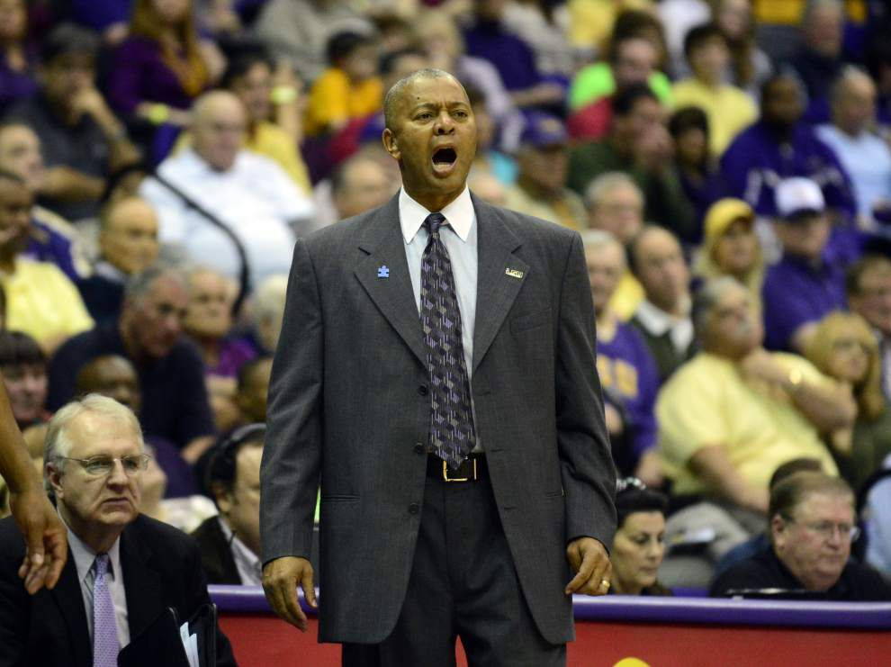 LSU to play two games on ESPN's Super Tuesday package _lowres