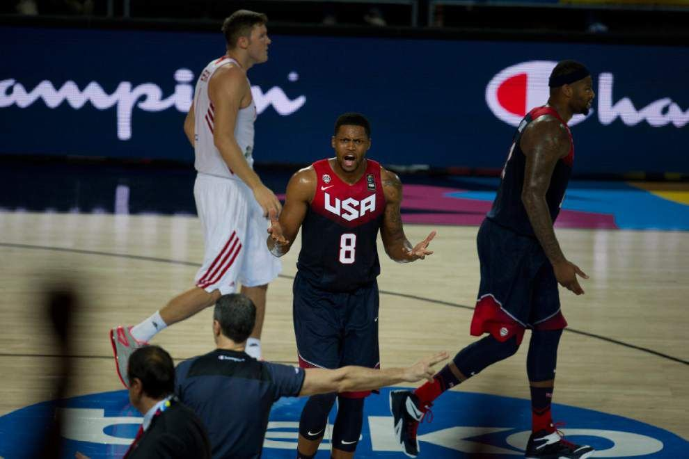 U.S. rallies past Turkey 98-77 _lowres