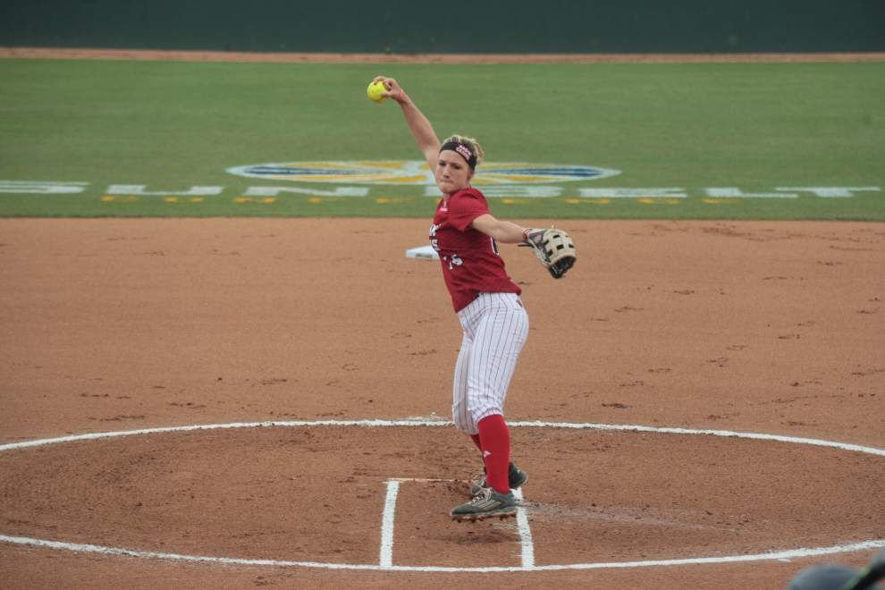 Cajuns softball team slugs its way past South Alabama and into the Sun Belt tournament final _lowres