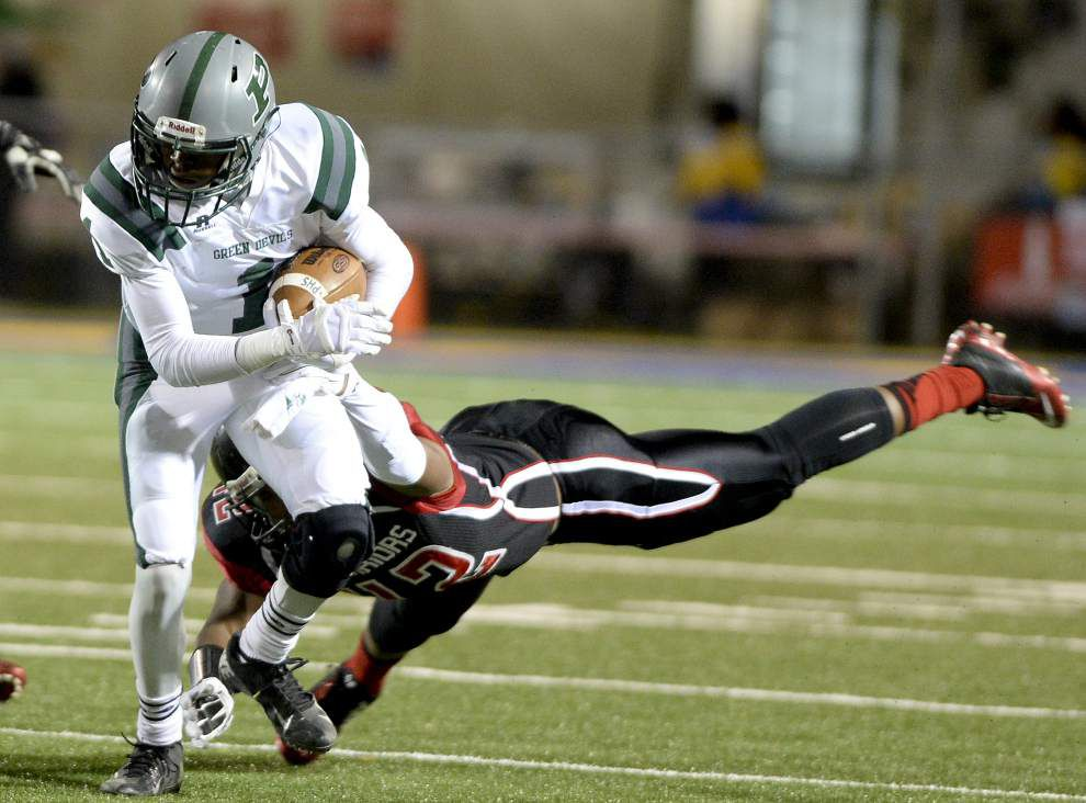 U-High clinches share of 7-3A title _lowres