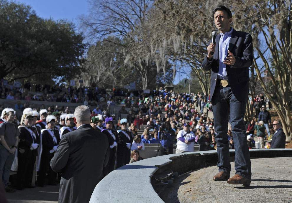 Thousands turn out for Bobby Jindal's prayer rally at LSU; students, activists protest too _lowres