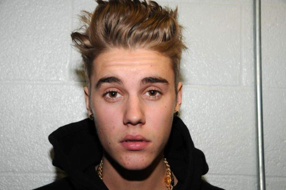 Bieber gets May 5 trial date in Florida case _lowres