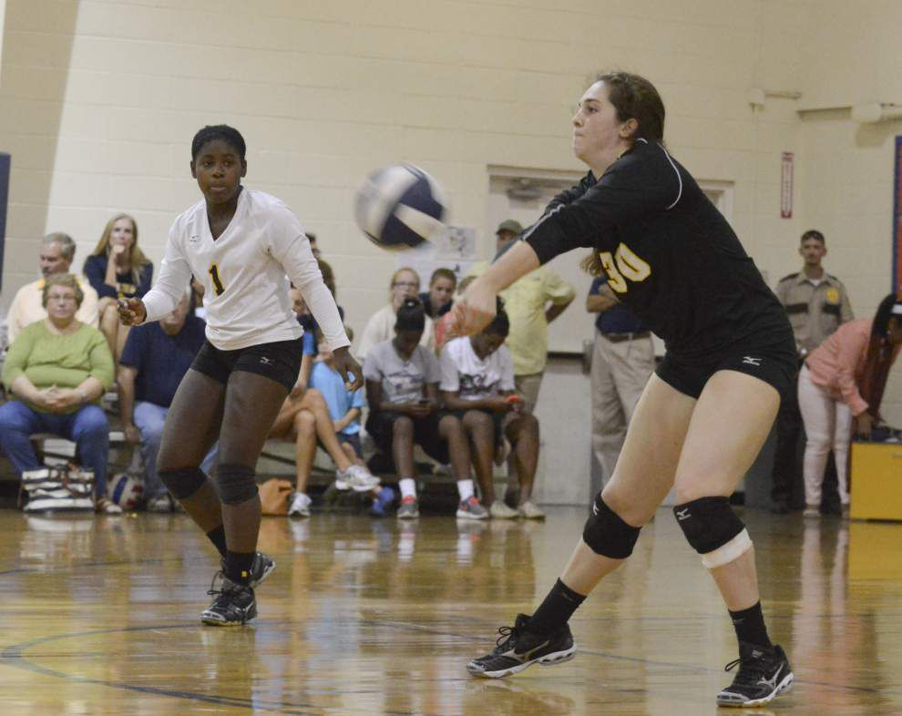 University High volleyball edges rival Episcopal 3-2 _lowres