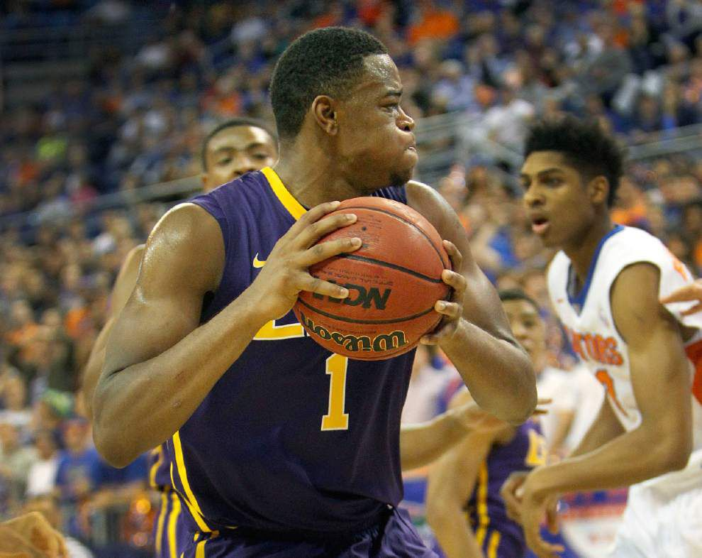 LSU forward Jarell Martin named honorable mention on AP All-America team _lowres