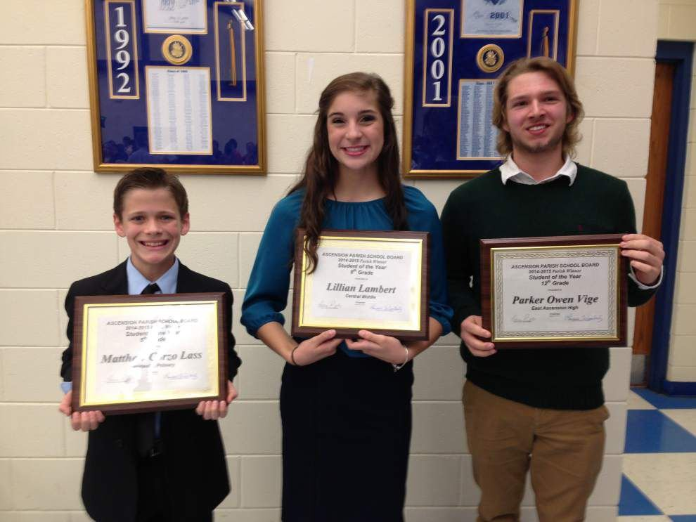Board honors Ascension students of the year _lowres