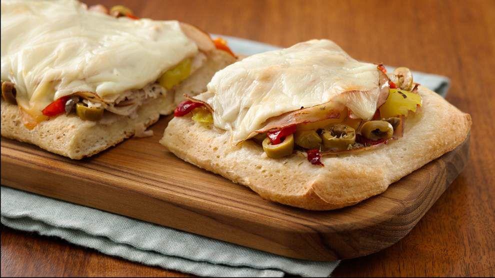 Open-Face Italian Turkey Sandwiches _lowres