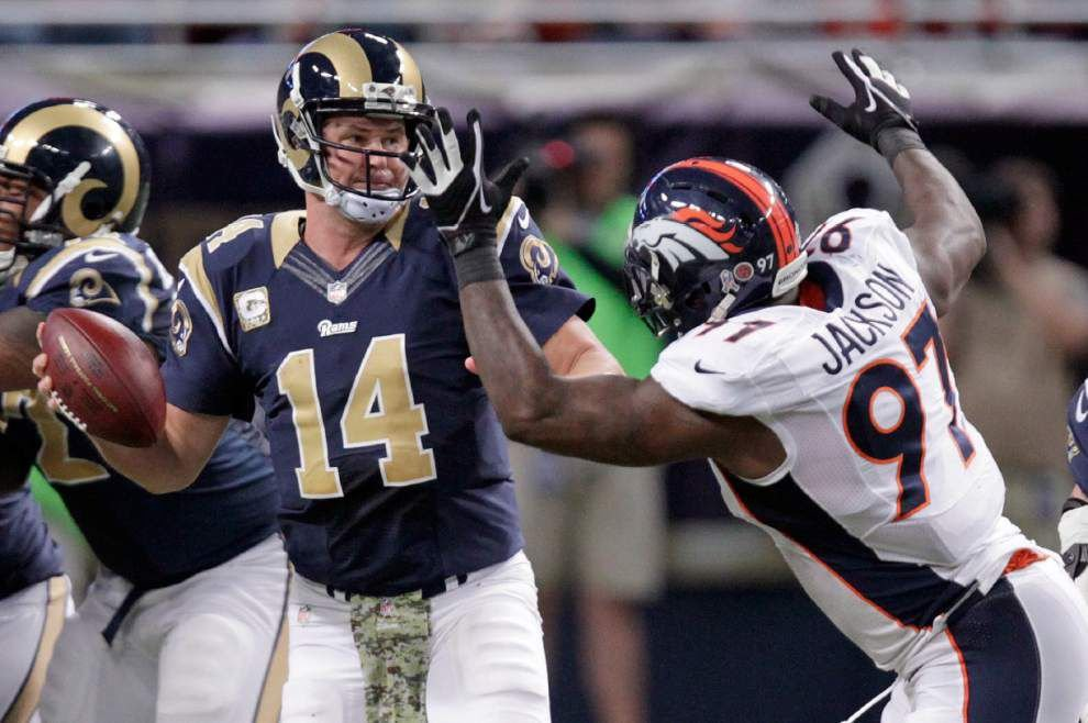 Shaun Hill guides Rams to upset of Broncos _lowres