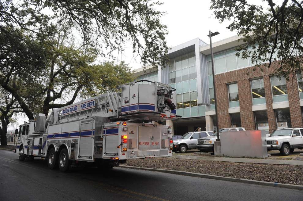 All clear given at Baton Rouge High after fire alarm forced evacuation _lowres