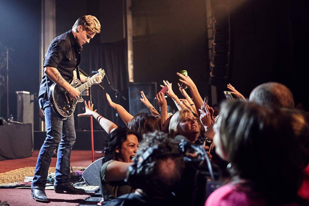 Country crooner Frankie Ballard says hard work is paying off _lowres