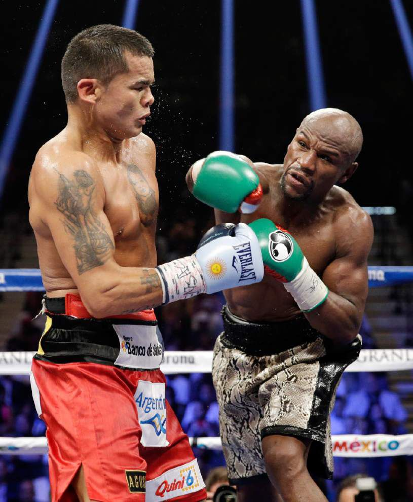 Could Manny Pacquiao fight be in cards for Floyd Mayweather? _lowres