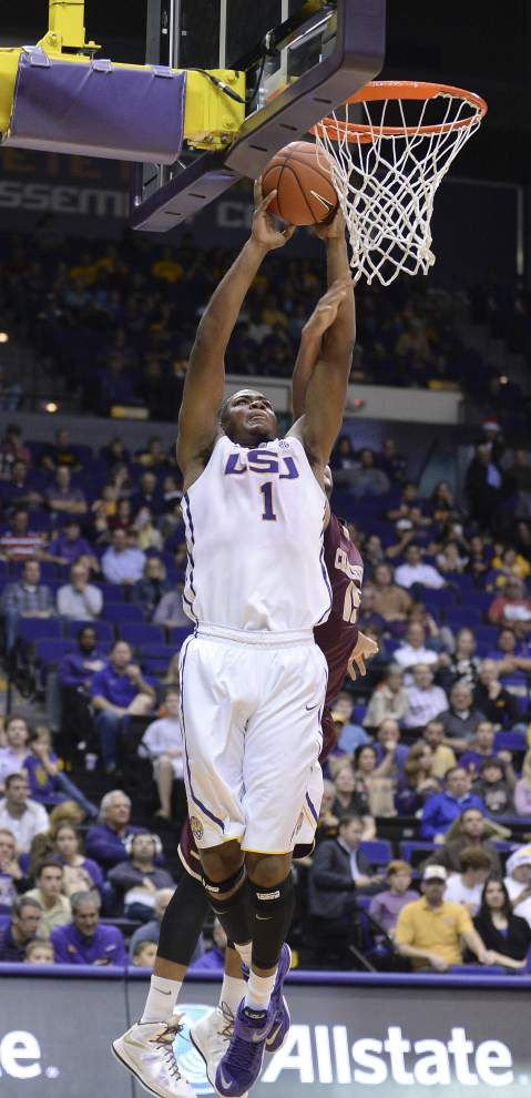 LSU on a roll as it visits Missouri to open SEC play _lowres