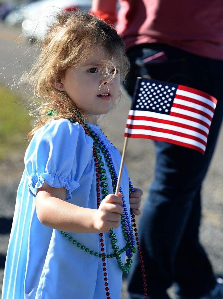 Veterans parade held in Gonzales _lowres