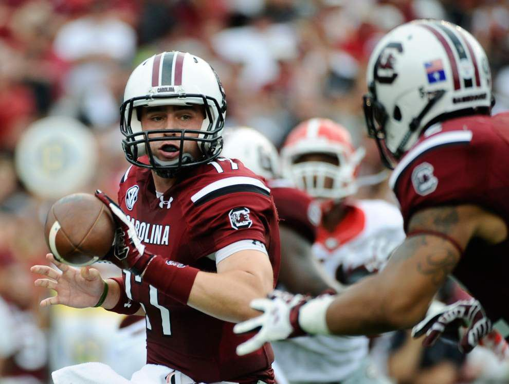 South Carolina holds off Georgia in shootout 38-35 _lowres