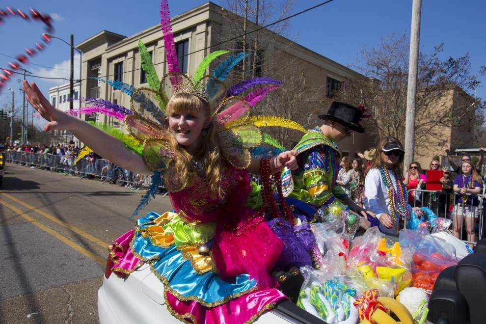Lafayette Children's Parade proves a family-friendly crowd pleaser _lowres