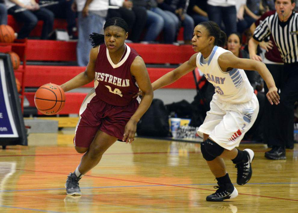 Destrehan's Cara Ursin named Gatorade Player of Year _lowres