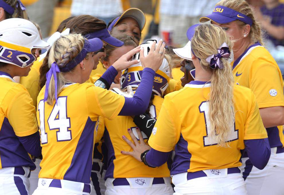 East: LSU softball team relies on 'Power of One' _lowres
