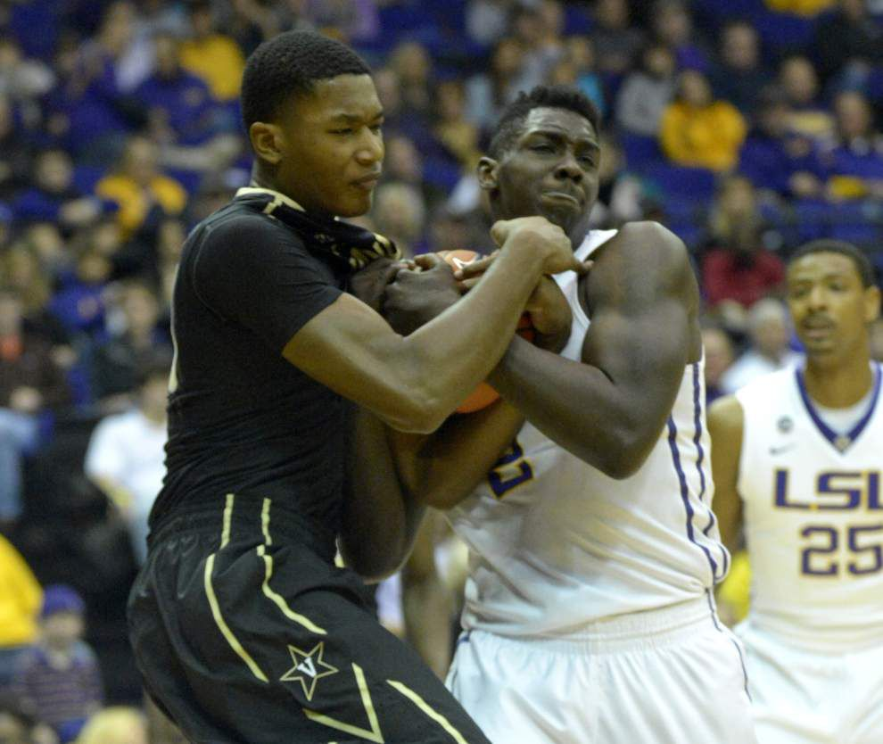 Video: Teams are starting to notice Vanderbilt sophomore center Damian Jones _lowres