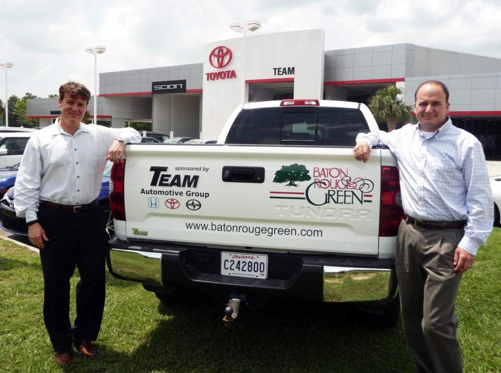 Baton Rouge Green receives donated truck _lowres
