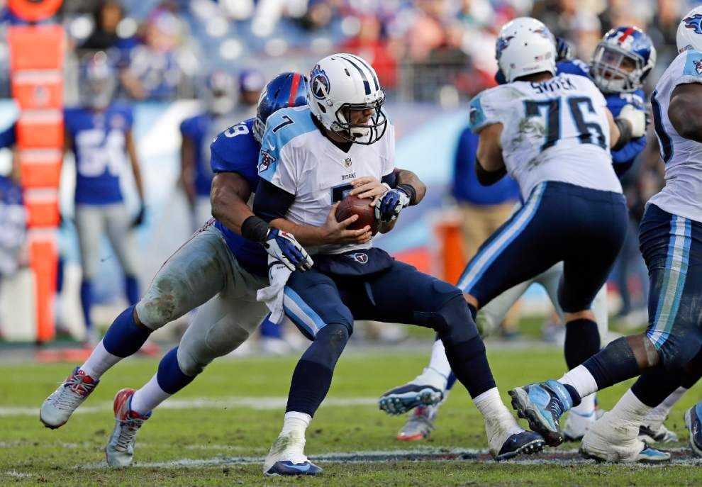 Titans quarterback Zach Mettenberger doubtful for Sunday; remainder of season undecided _lowres