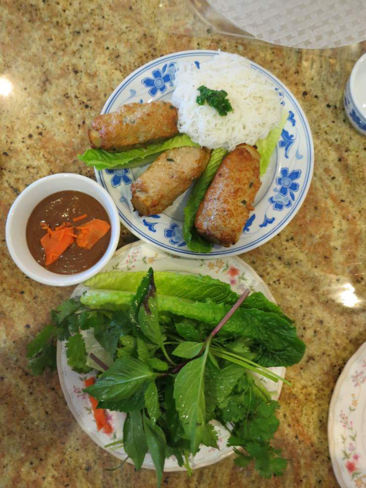 Digging In: Cane skewer adds flavor to Vietnamese specialty _lowres