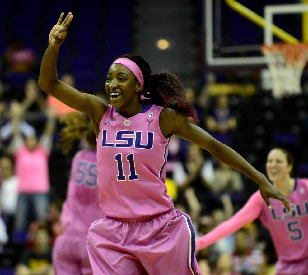 Video: LSU guard Raigyne Moncrief says last year's torn ACL isn't holding her back _lowres