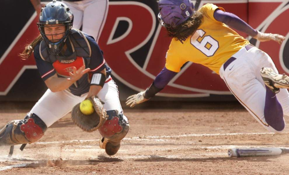 LSU softball falls to Arizona in win-or-go-home NCAA regional game _lowres