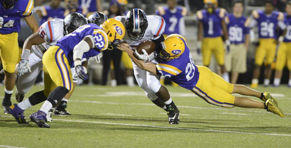 Zachary plays with 'a chip on their shoulder' in rematch rout of Denham Springs 35-10 _lowres