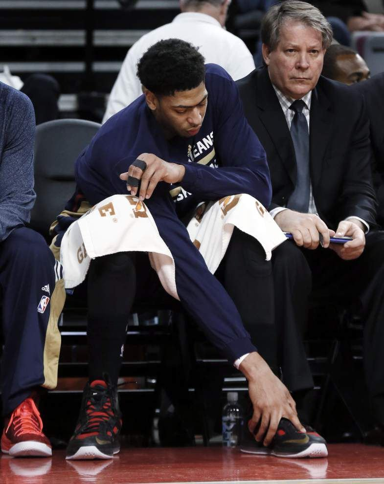 Pelicans being cautious with Anthony Davis' injury _lowres
