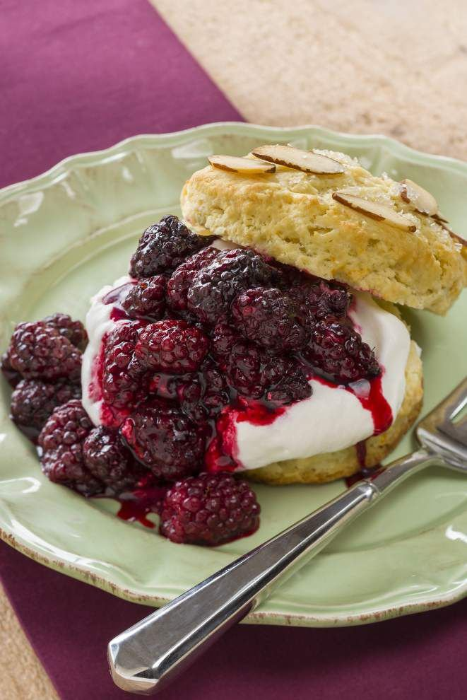 Blackberry Almond Shortcake _lowres