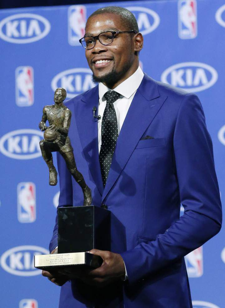 Thunder star Kevin Durant wins first MVP award _lowres
