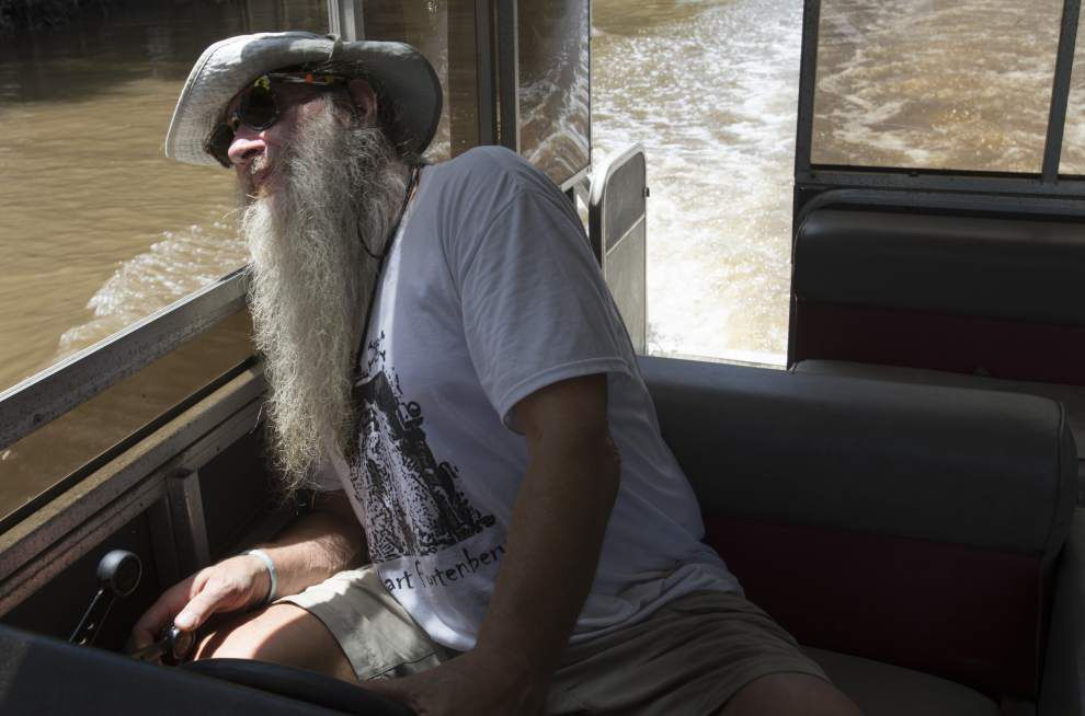 Photos: Vermilion River boat tour _lowres
