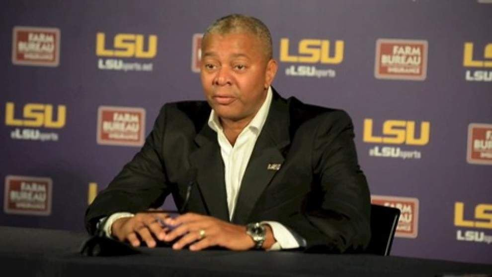 LSU men's basketball coach Johnny Jones praises outgoing SEC chief Slive _lowres