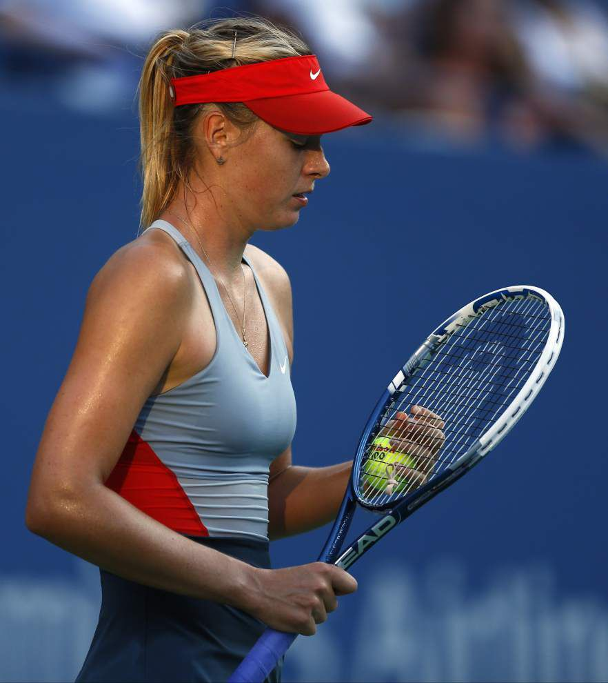 Maria Sharapova, Venus Williams advance at U.S. Open _lowres