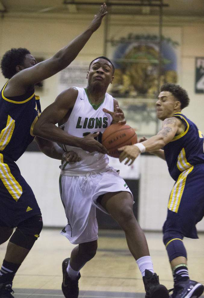Fast-paced Lafayette roars to win _lowres
