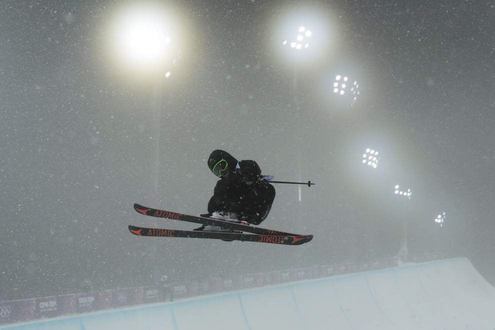 Tuesday's highlights from the Sochi Olympics _lowres