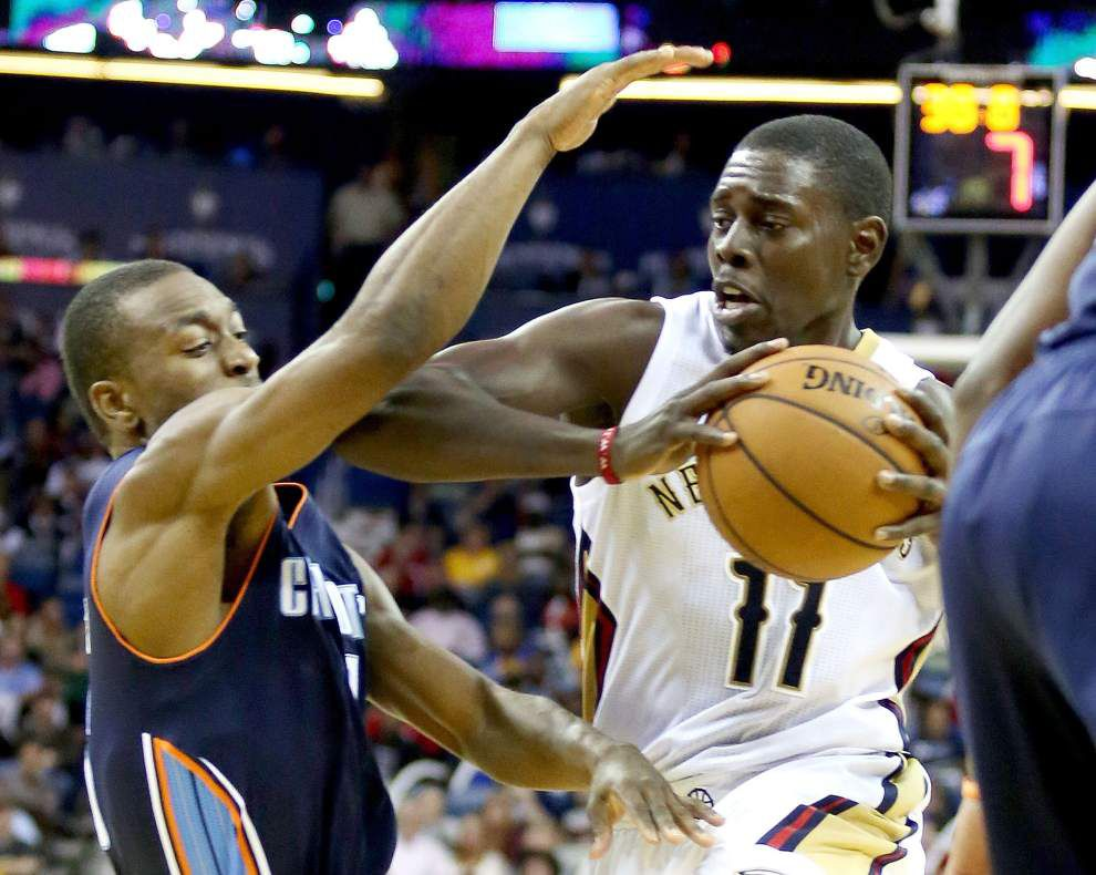 Pelicans point guard Jrue Holiday sore, still pushing during recovery _lowres