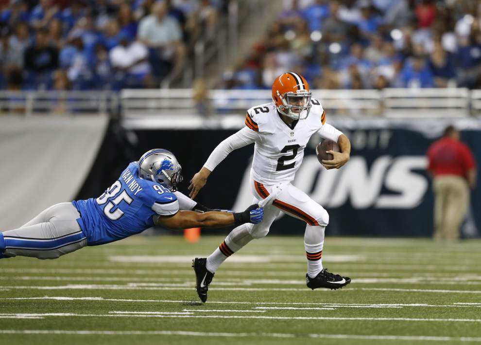 Johnny Manziel solid in debut _lowres